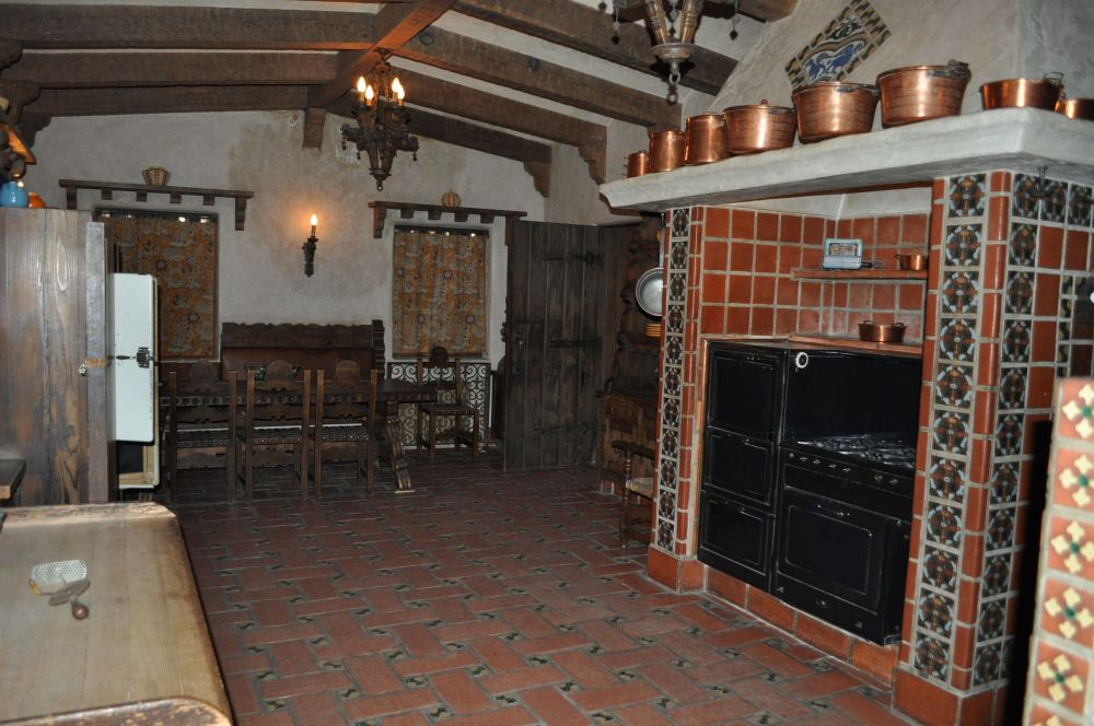 Bessie's fabulous Spanish kitchen