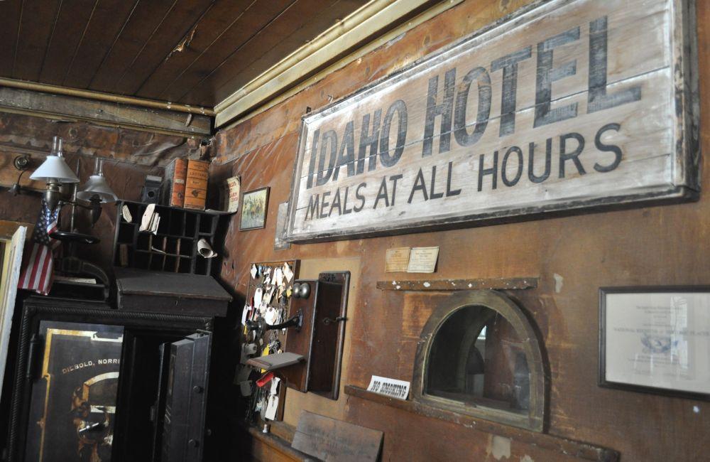 Inside the Idaho Hotel