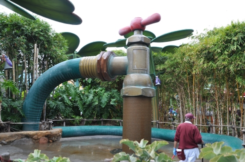In A Bug's Land, the landscape had overlarge items to make one feel bug-sized.