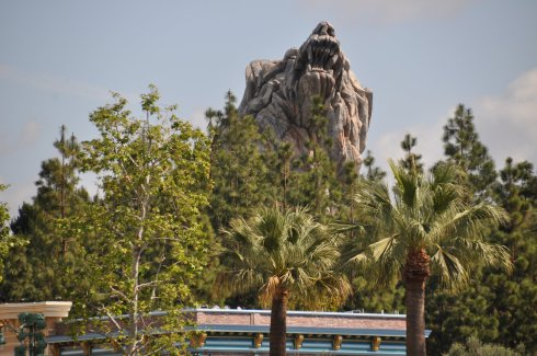 Ok, now that is a threatening mountain. Maybe Disney shouldn't be here after all.
