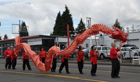 Must have a Chinese dragon at a parade! They handled those sticks with a lot of skill.