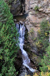 Myrtle Creek Falls. This is the lower cascade dropping from the pool.