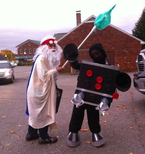 Vitruvius and Micromanager prepare to hit the Ashburnham streets