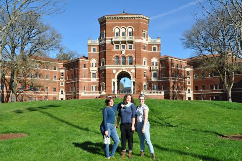 A, T, and Tara on the right, on the gorgeous Oregon State University campus