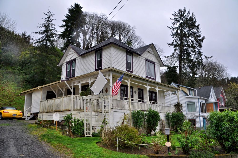 Mikey's House. Goonies Never Say Die!