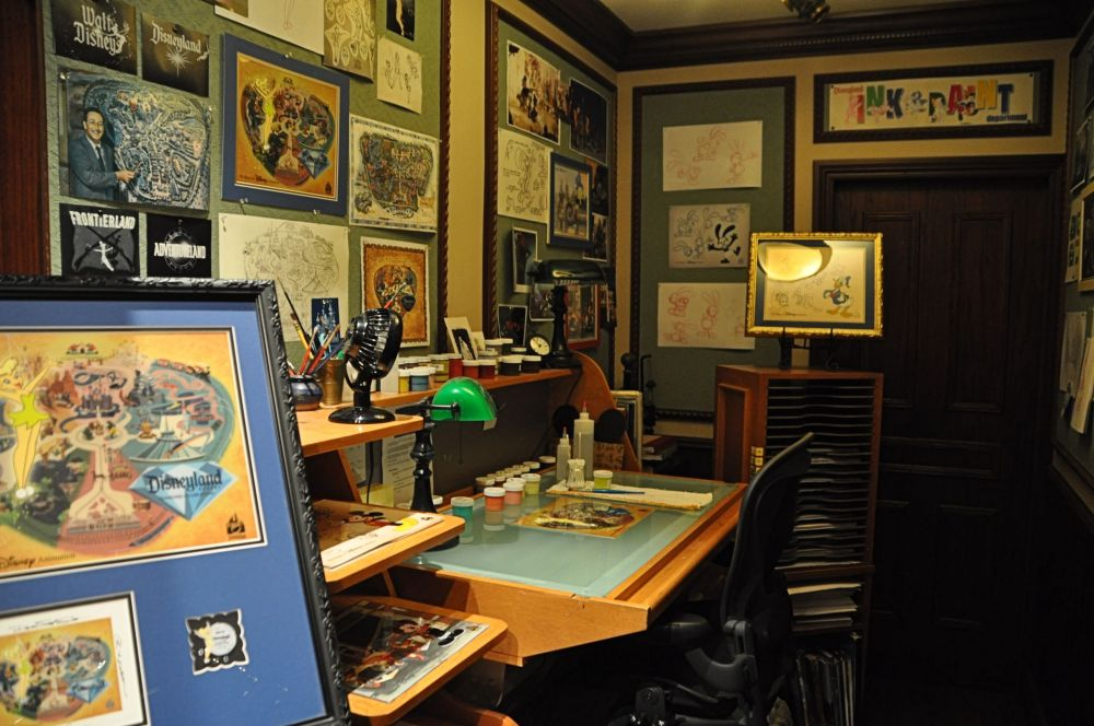 Multiple artist workspaces are installed throughout the parks, and frequently have real Disney artists at work.