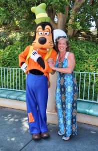 There's a big Goofy. And a Disney character too!