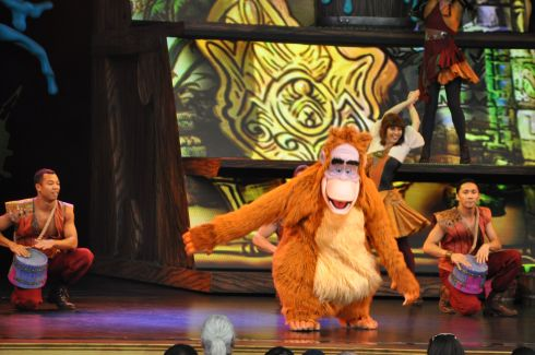 We caught some really great shows. Some on the streets, and some on stage, like this one, featuring King Louie from one of my most beloved Disney movies: The Jungle Book.