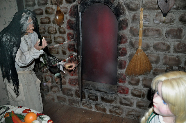 This is by far the most frightening thing in the park: animated witch beckons Gretel into the furnace, and creaking, hesitant, animatronic Gretel slowly turns her head back and forth in a