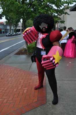 This is the best Garnet cosplay there ever was.