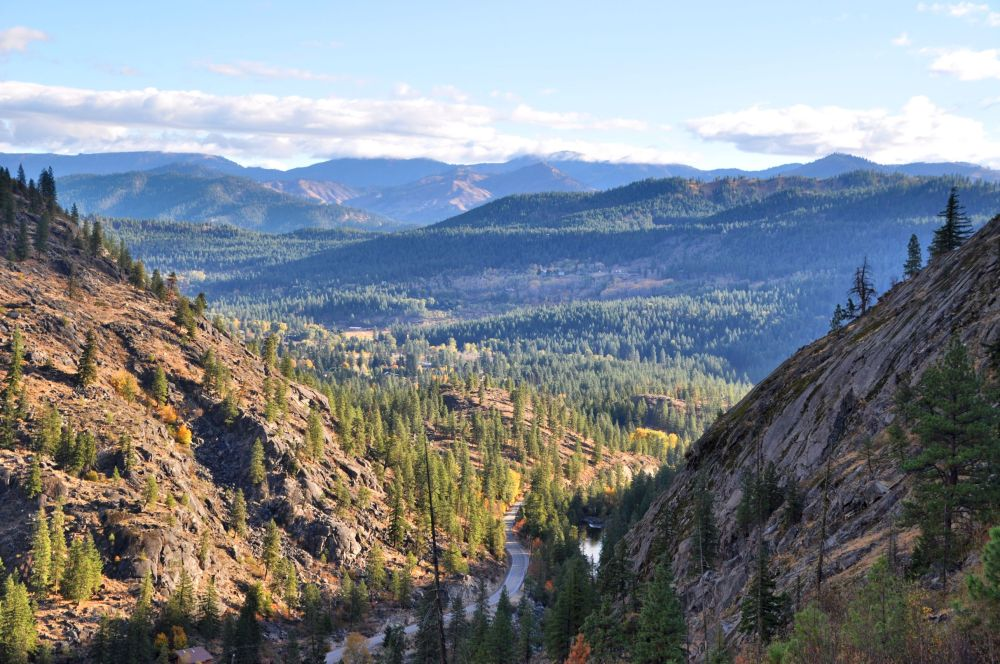 Looking from the first set of switchbacks toward the western edge of the town of Leavenworth, and the road to the trail head.
