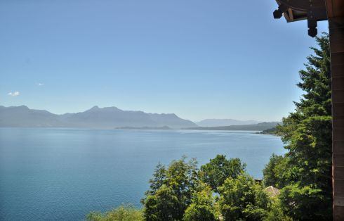 Every room in the hotel has views of Lago Villarrica.