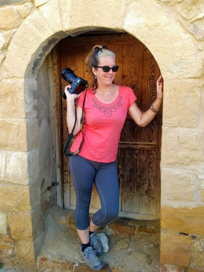 Camera-at-rest stance, in a doorway in Dana.